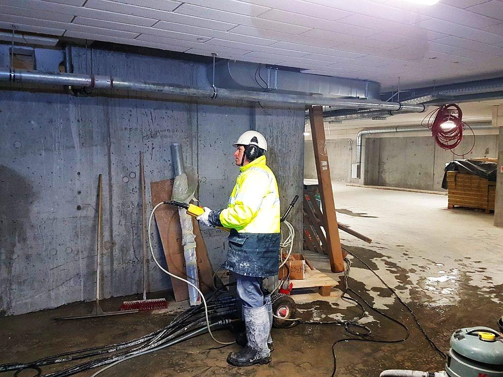 cięcie ściany betonowej